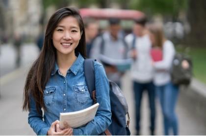 , Jasmine Yiyi:多才多艺,学习能力迅速提高